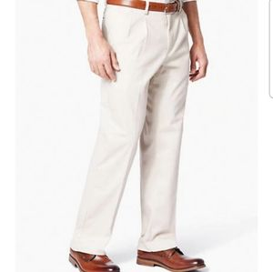 Dockers pleated classic fit pants 100% cotton